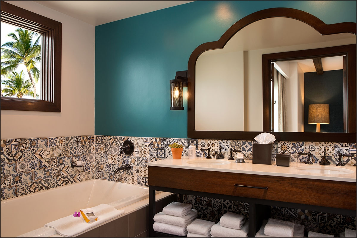 Kona Kai Suite Bath
