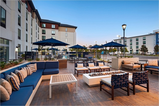 TownePlace Suites San Diego Patio