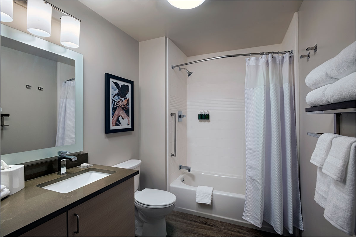 TownePlace Suites Guest Bath